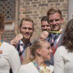 Beachvolleyballers Robert Meeuwsen en Alexander Brouwer op medaillekoers